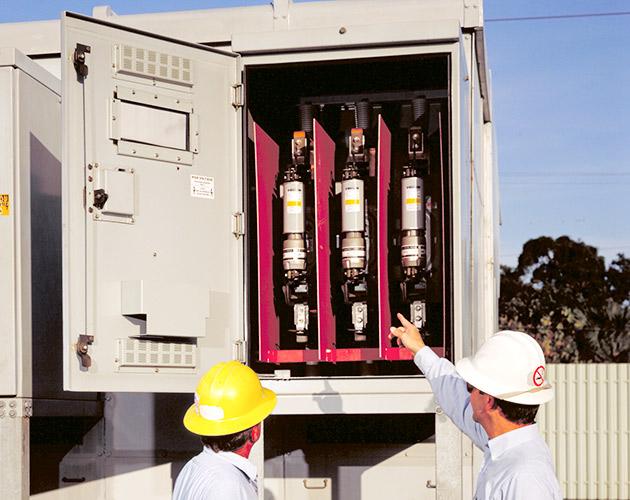Vista Underground Distribution Switchgear: Fault Fiter® Electronic Power Fuse